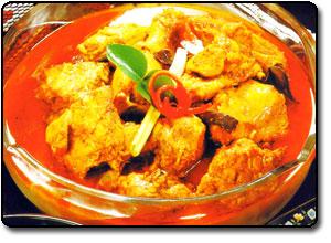 Chicken in Spiced Coconut Milk
